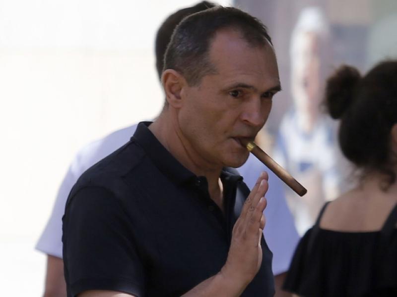 Васил Божков е избягал. Интерпол ще го издирва