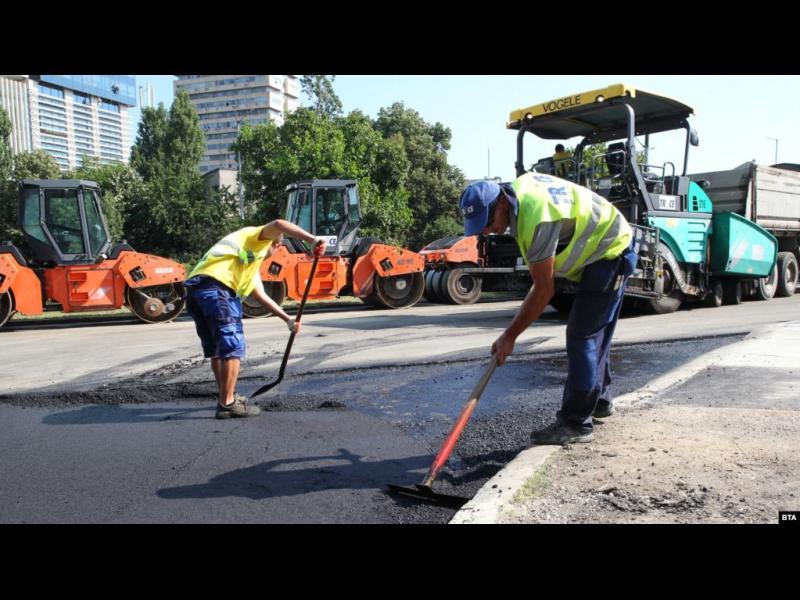 ЕБВР: Лоши пътища, мръсен въздух и корупция спъват България