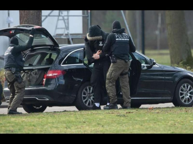 Германия арестува крайнодясна група. Планирала атентати срещу джамии