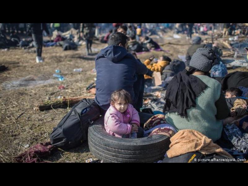 ЕС разкритикува Турция, че използва бежанците за политически цели