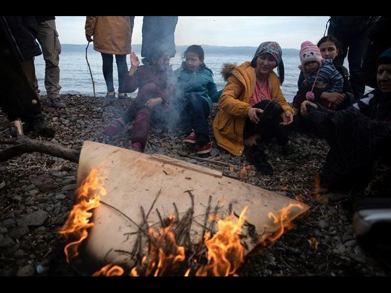Гърция планира да депортира мигранти, пристигнали незаконно след 1 март