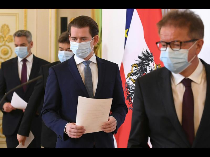 Австрийският канцлер Курц умишлено всявал паника от коронавируса
