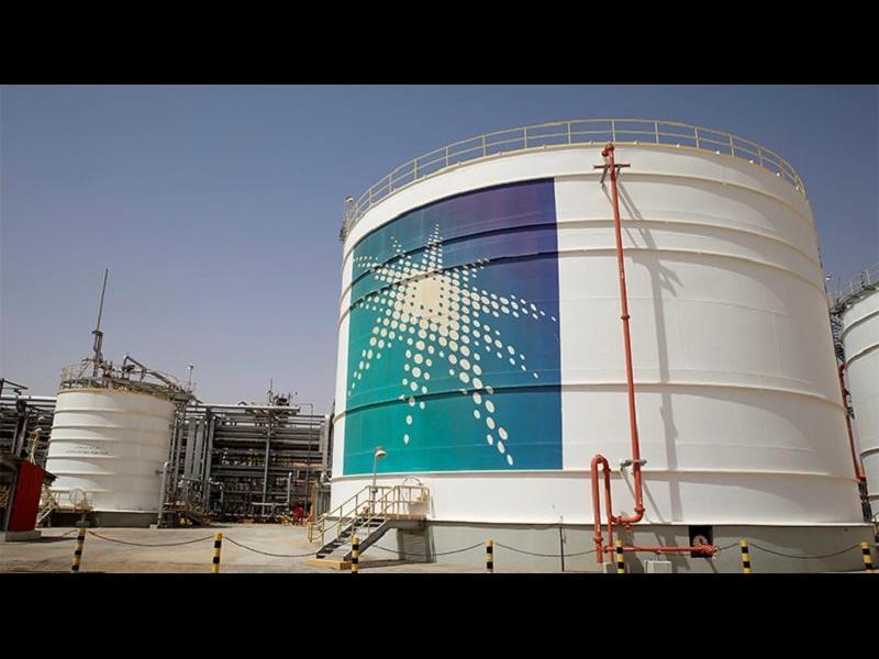 Саудитска Арабия предложи на Европа и Азия три месеца да не плащат за петрола
