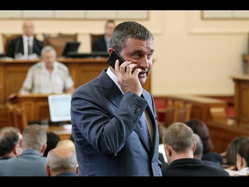 """""""Маргиналите"""" на Горанов му докараха проверка за дискриминация"""