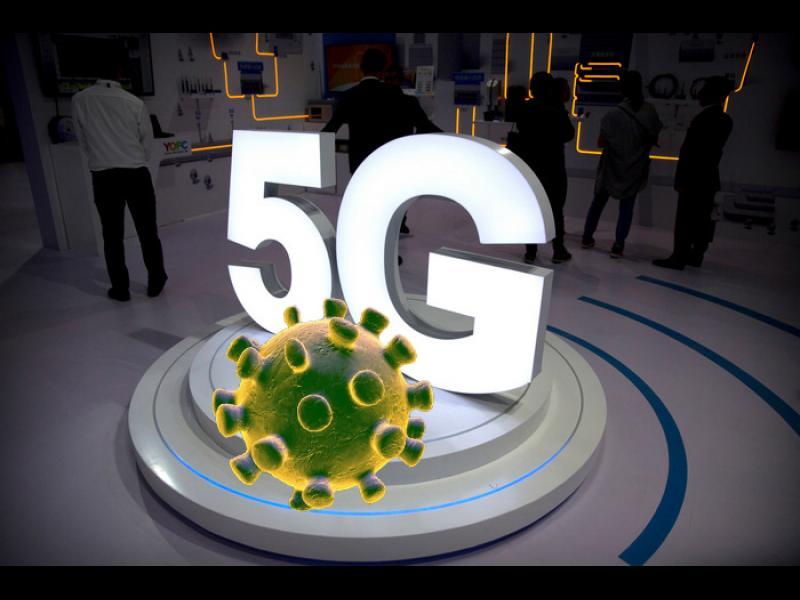 YouTube маха видеа, а Facebook - групи, свързващи 5G с COVID-19