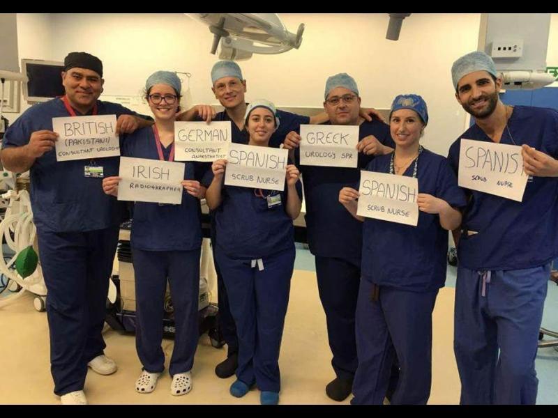 Мигрантите, от които Великобритания се оплакваше, поддържат половината здравна система