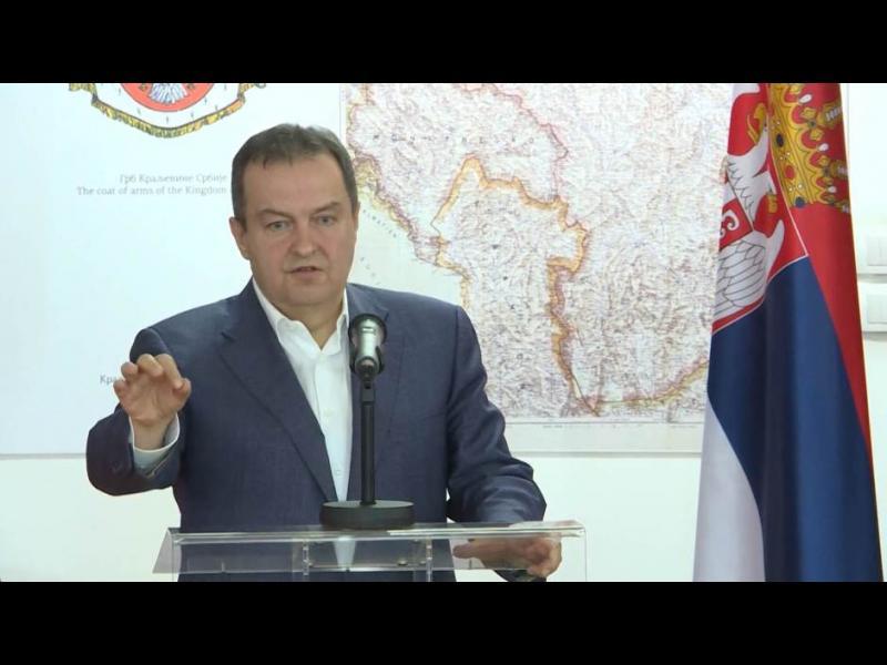 """Дачич: Сърбия е на """"ръба на братоубийствена война"""" с Черна гора"""