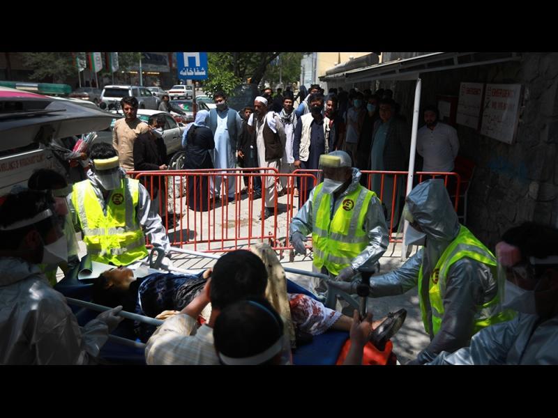 Атака в болница на 'Лекари без граници' в Кабул, 8 убити