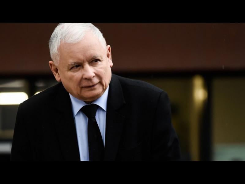 Управляващите в Полша отложиха изборите заради коронавируса - картинка 1