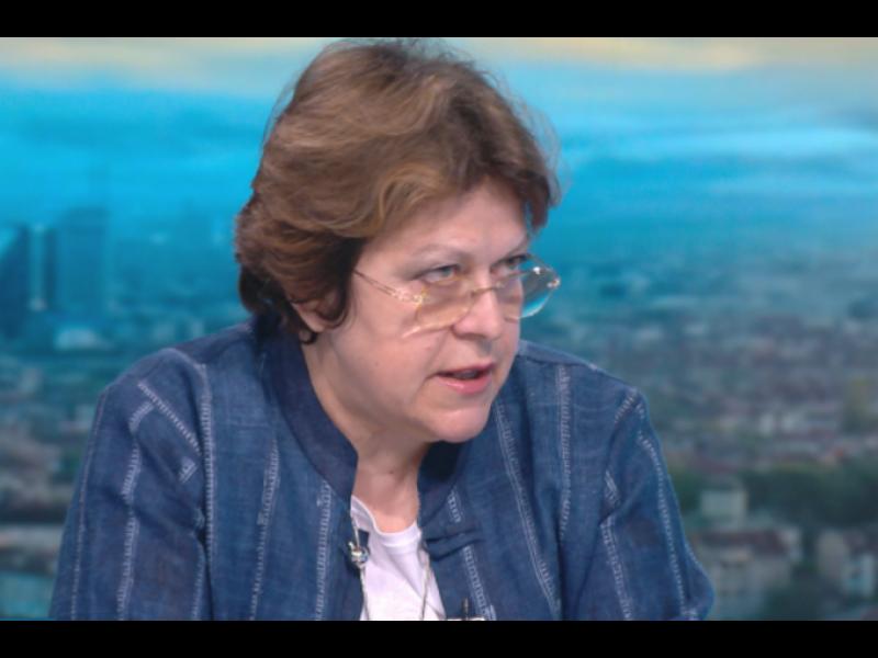 Татяна Дончева: Не може Горанов да не е знаел какви данъци плаща Божков