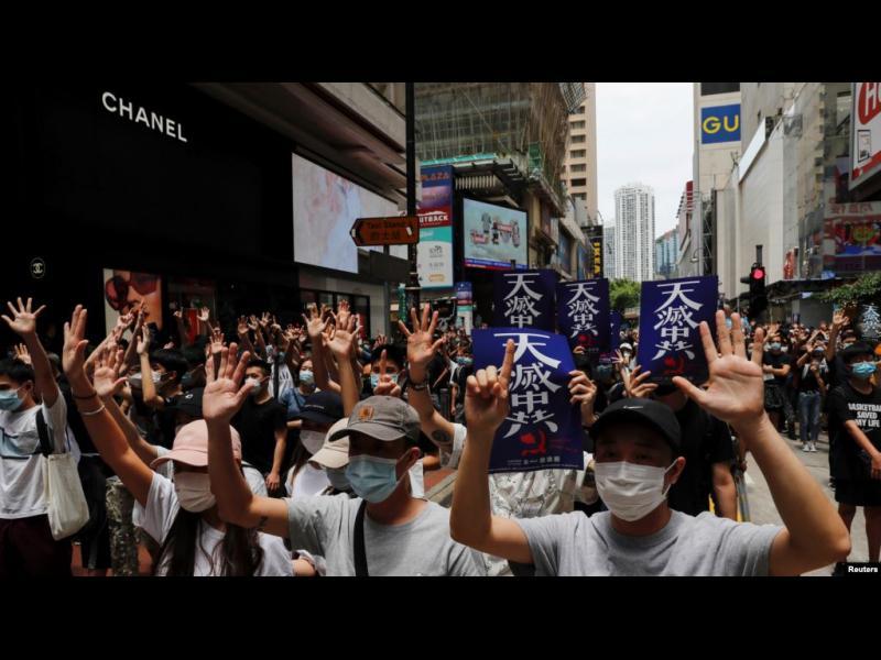 Как Пекин се опитва да отнеме свободата на Хонконг