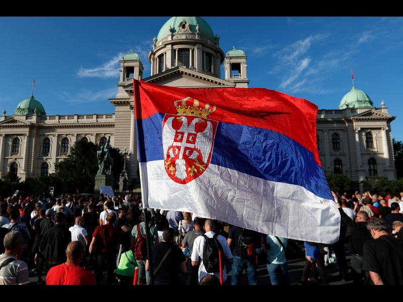 Историческа, но очаквана победа на Вучич в Сърбия