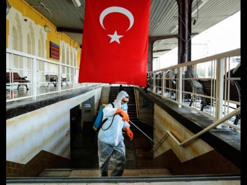 Турция забрани да се излиза от домовете през почивните дни