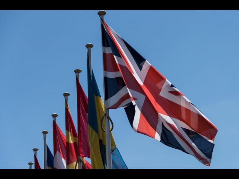 От 2021: Европейските студенти в Англия ще плащат такса като външни