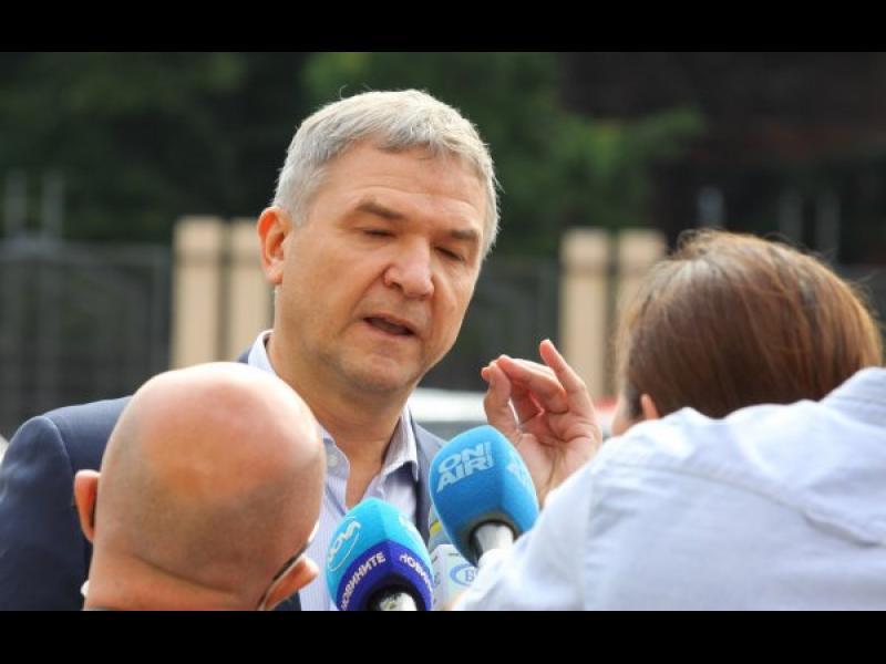 Съдът разби обвинението, че Бобоков е получавал тайна информация