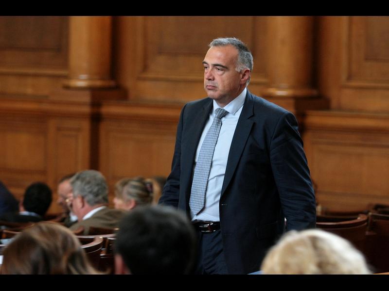 ГЕРБ подкрепи БСП за изслушване на Иван Гешев в парламента. Той ще пише и доклад
