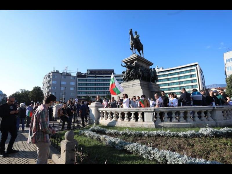 12-и ден протести: блокада на движението пред Народното събрание