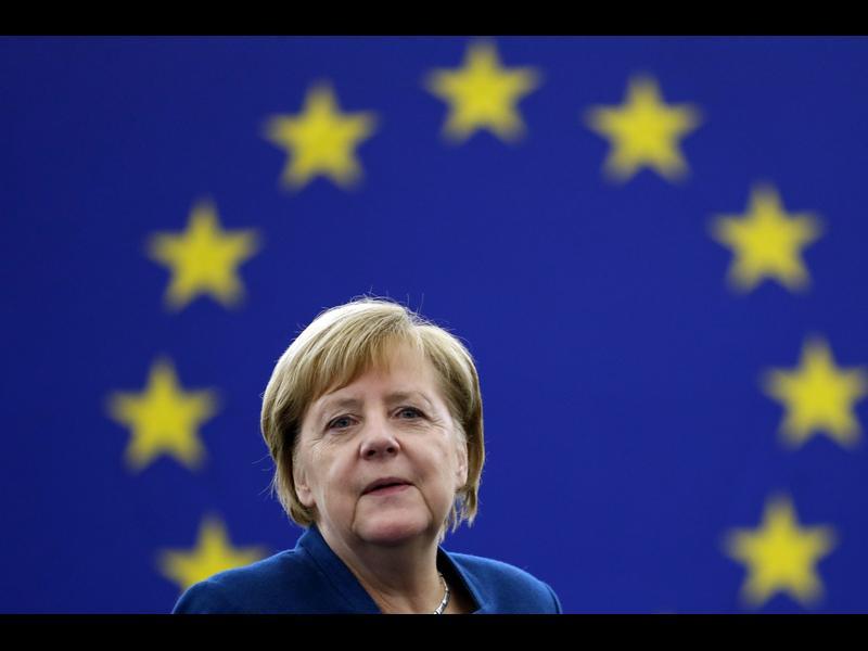 Близък до Меркел за ситуацията в България: Готвят ни неприятности