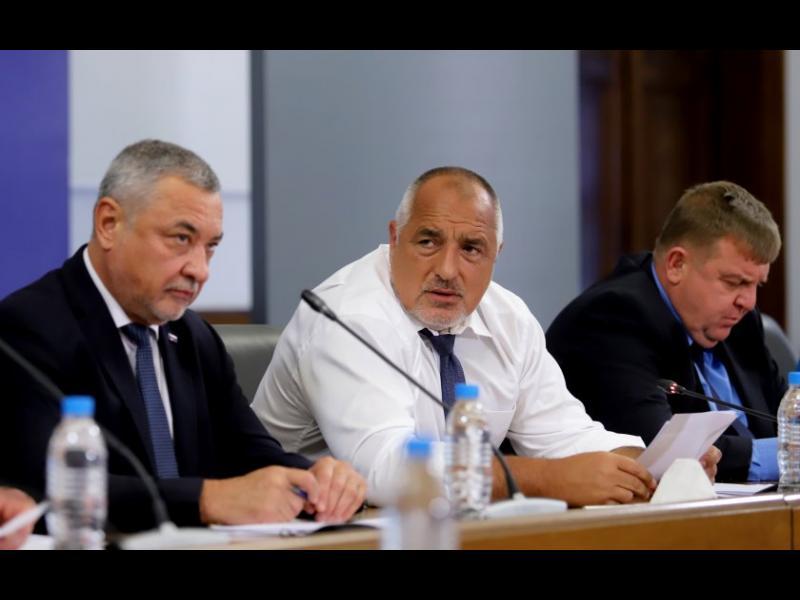 Симеонов след коалиционен съвет: И кабинетът, и Борисов остават до редовните избори - картинка 1