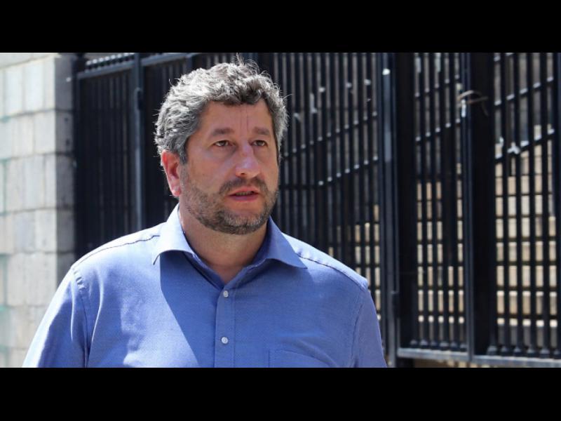 Христо Иванов: Борисов печели време, не е нужно свикване на Велико народно събрание