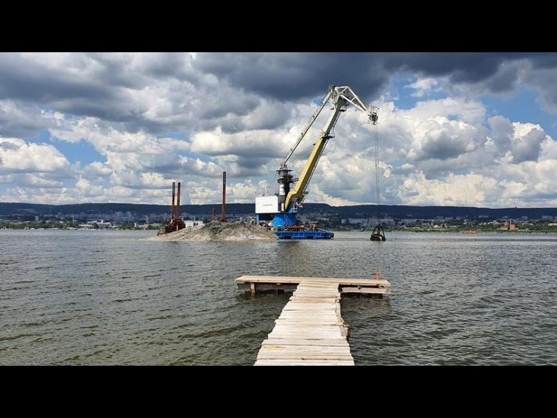 """""""Ново 20"""" с ремонта на скъсания тръбопровод през Варненското езеро"""