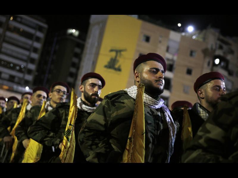 """""""Хизбула"""": Макрон да не се държи като владетел на Ливан"""