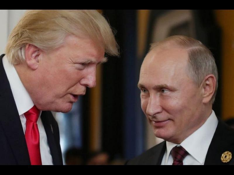 Белият дом наредил на служител да не докладва за руската намеса на изборитe