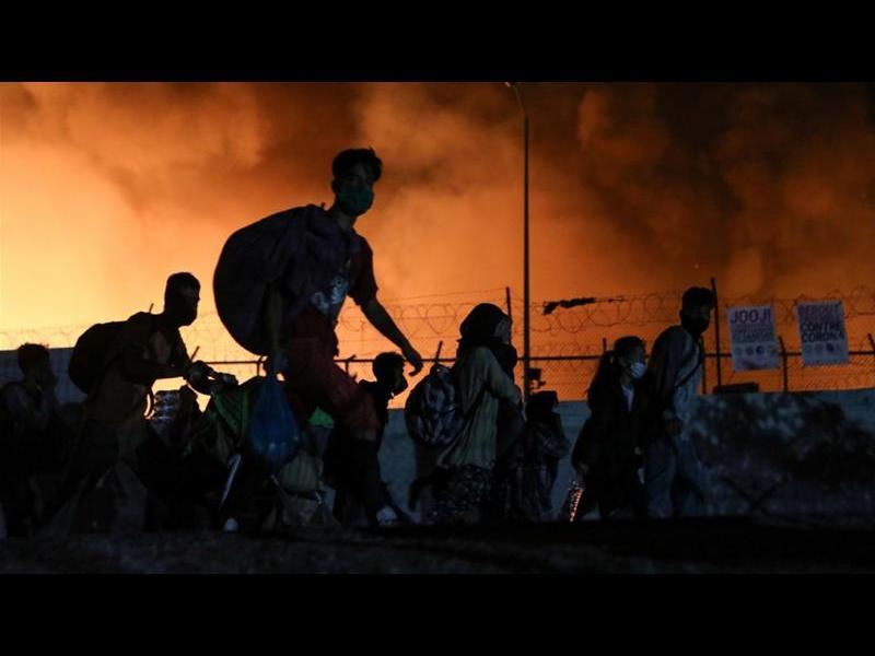 Гърция поиска помощ от ЕС за мигрантите на Лесбос