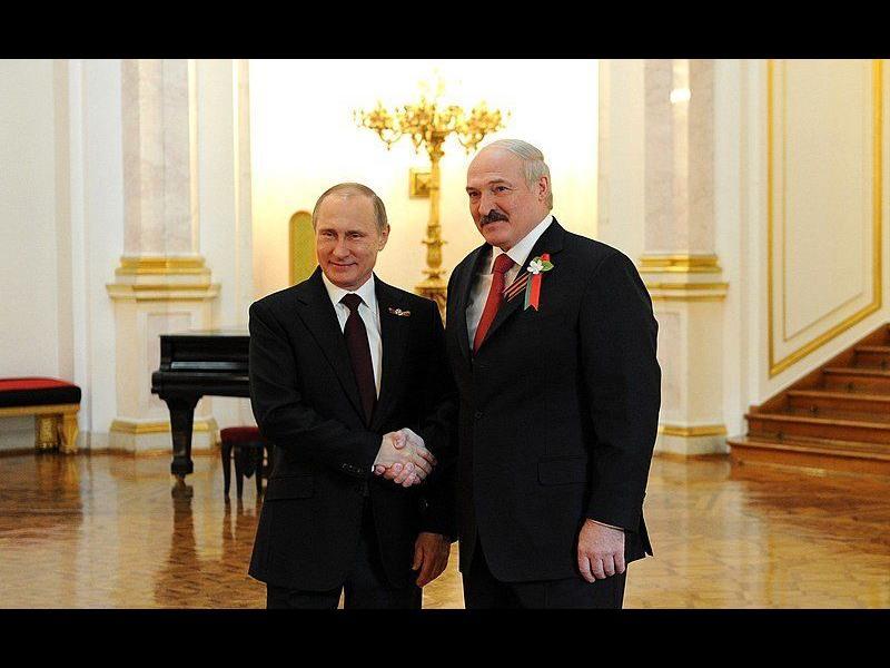 Путин отпусна на Лукашенко ''кредит на доверие'' от 1,5 млрд. долара