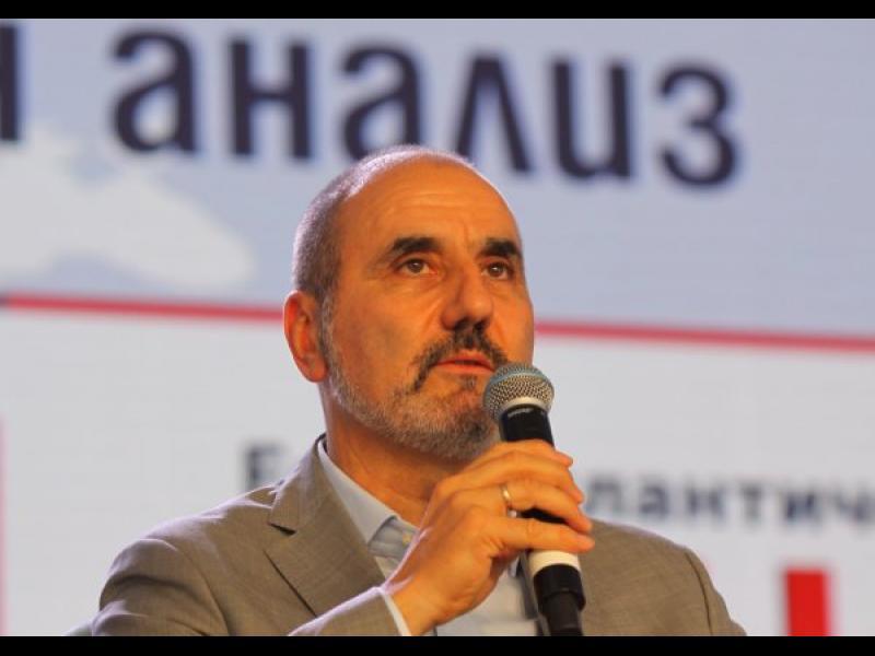 "Цветанов ""краде"" активисти и на СДС"