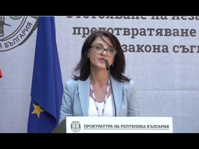 Прокурорката, оневинила Цветанов за Апартаментгейт, иска да е спецшеф