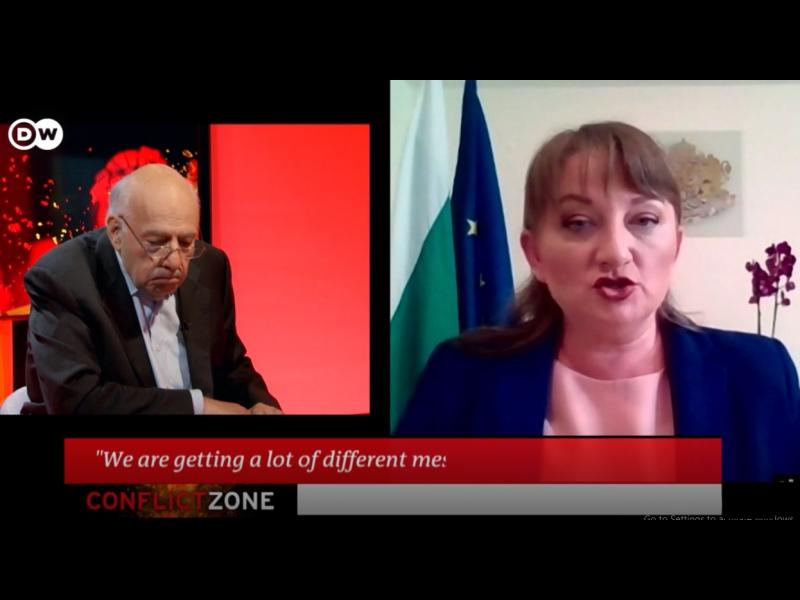Министър среща журналист: Сачева срещу Тим Себастиян по Deutsche Welle