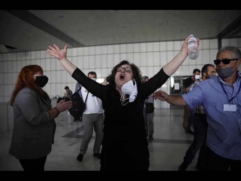 Гърция осъди крайнодесни политици като организирана престъпна група