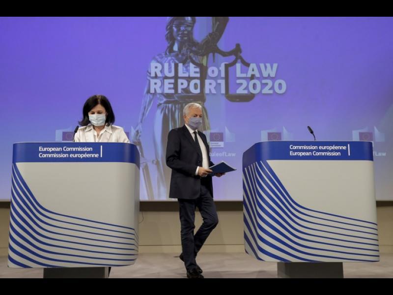 Евродепутати одобриха проекторезолюция за върховенството на закона в България