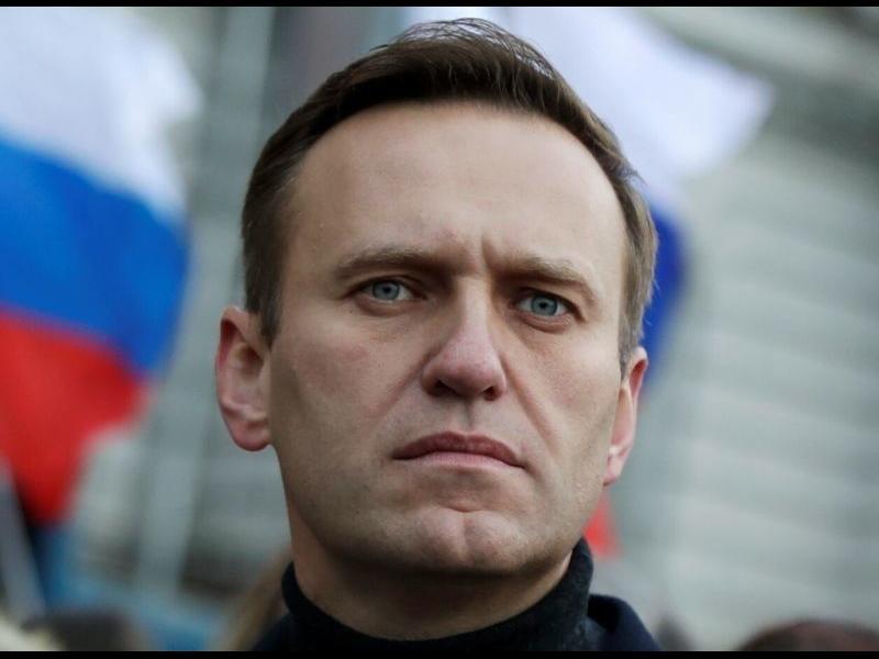 Руската полиция нахлу в офисите на Навални в Москва