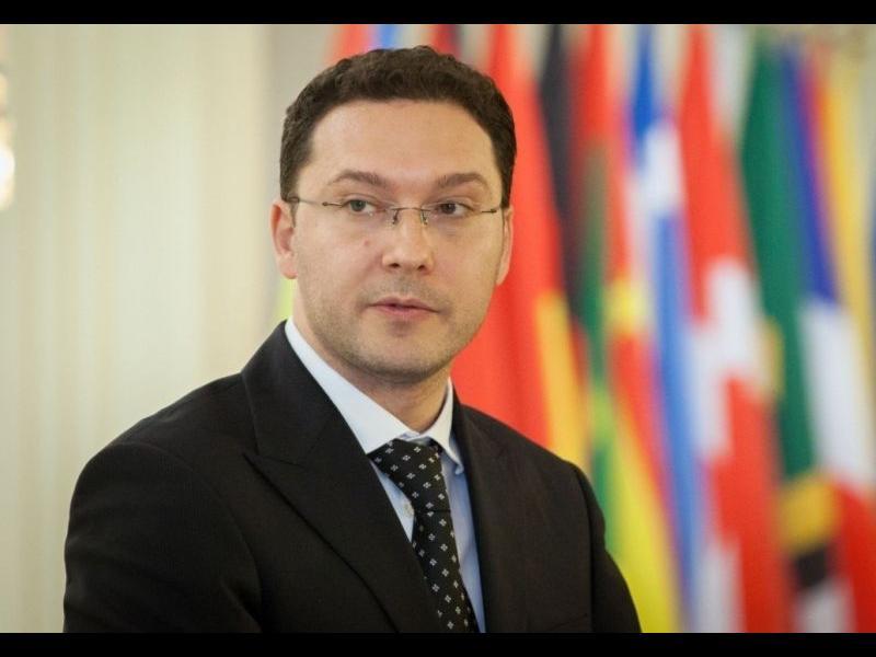 Президентът е отказал да назначи бившия външен министър Митов за посланик в Румъния