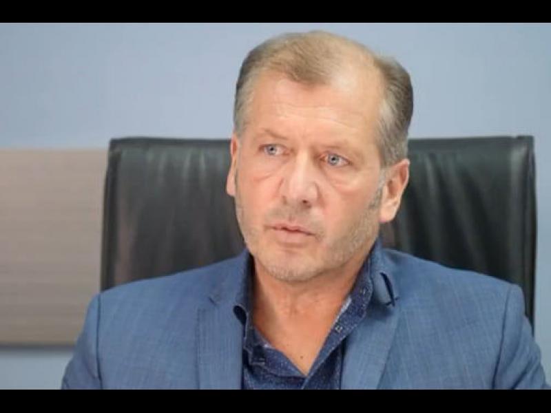 Адв. Екимджиев: Вместо с COVID мерки властта се занимавa с дебилната конституция на Борисов и Дани Кирилов