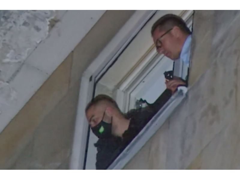 Джамбазки обвини бТВ в пристрастие към протестиращите. Не отговори дали той е мятал пиратки