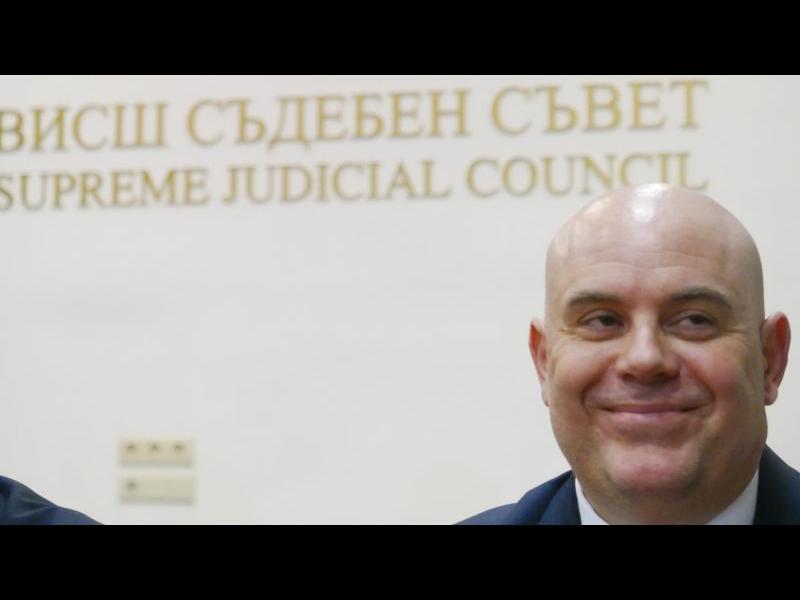 Венецианската комисия поиска независими разследващи за Иван Гешев