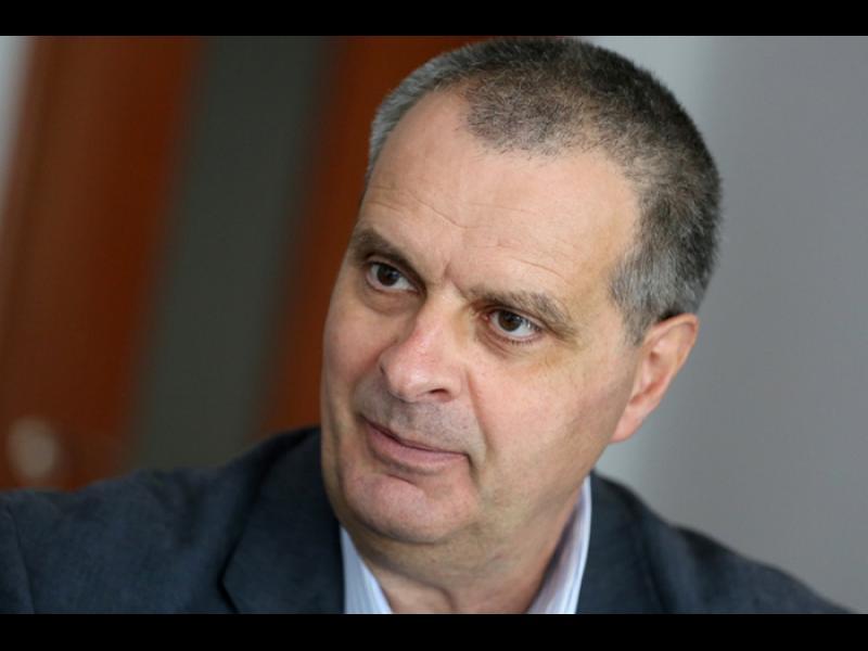 СУ прекратява гражданския договор на Михаил Мирчев