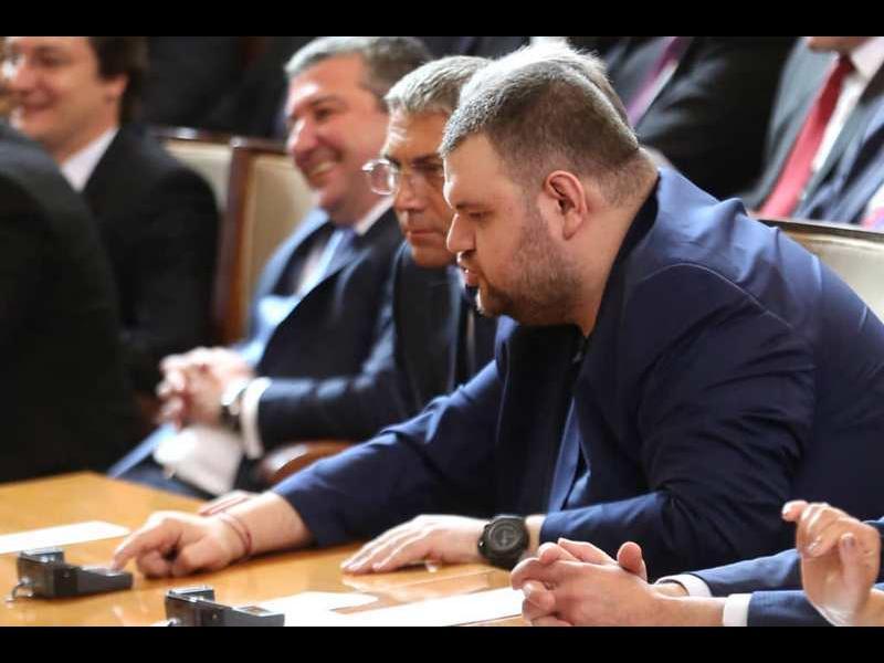 Лобистът на Бобокови в САЩ: Американският Сенат разследва Делян Пеевски