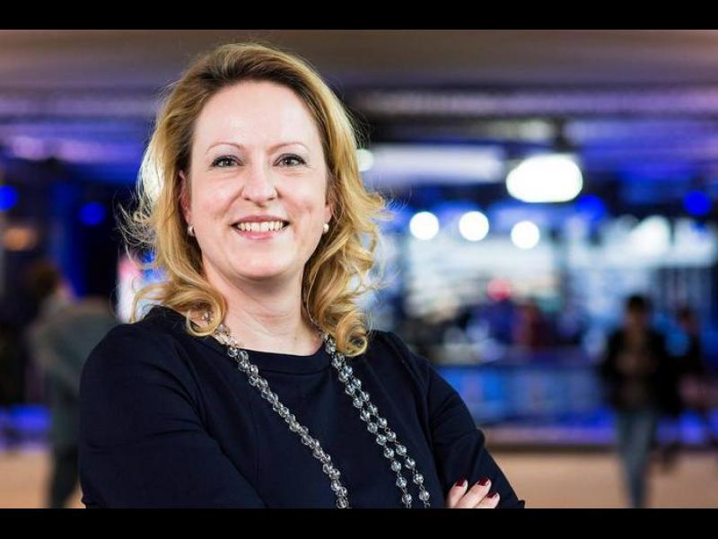 Евродепутати искат прозрачност при договорите за ваксините