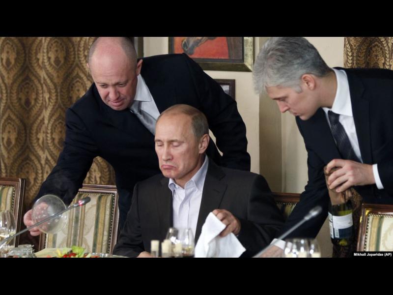 Кремълски трол: Нормата ни е 120 поста на ден
