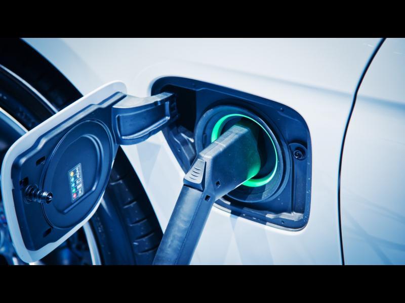 Нов тип батерия за електромобили: зареждане за 10 минути и ресурс за 3,2 милиона километра