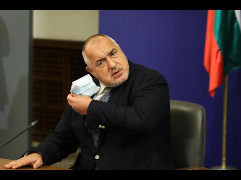 Борисов към Радев: И аз мога да му кажа, че е ортак с Черепа. Мога. Какво общо имам аз с Пеевски?
