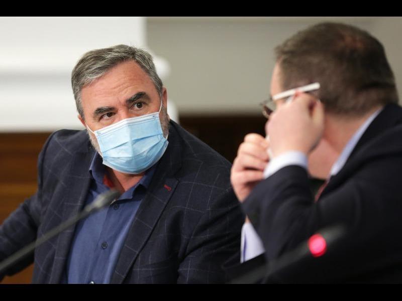 Министър Ангелов: Ваксинационният план не е пред провал. Върви се към четвърта фаза