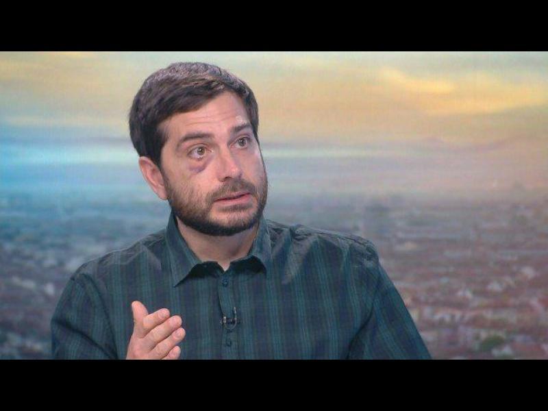 АЕЖ: Институциите прикриват истината за ареста и насилието над журналиста Димитър Кенаров