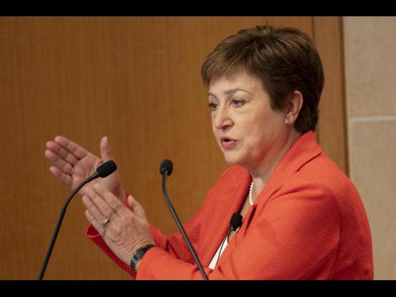 МВФ: Пазарната мощ на компаниите гиганти е притеснителна