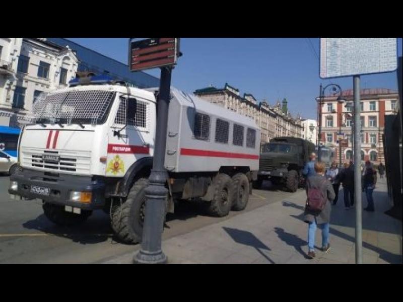 Арести в Москва преди планираните протести в подкрепа на Навални