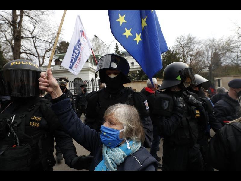 Отговорът на Москва: гони 20 чешки дипломати